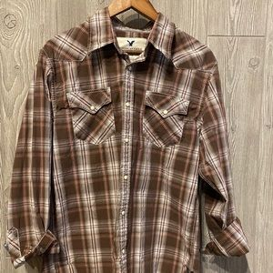 Men's AE Plaid button down shirt size L.